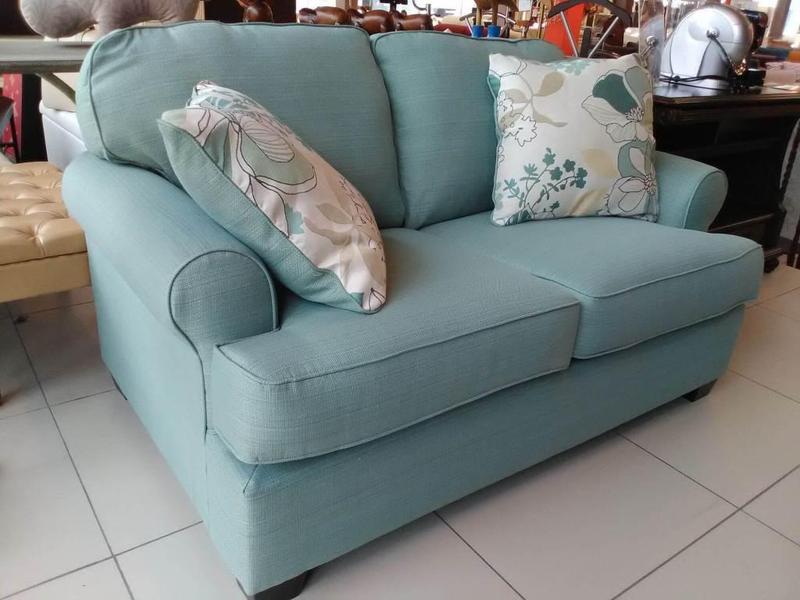 Снизились цены на мягкую мебель фабрики Ashley (Эшли)